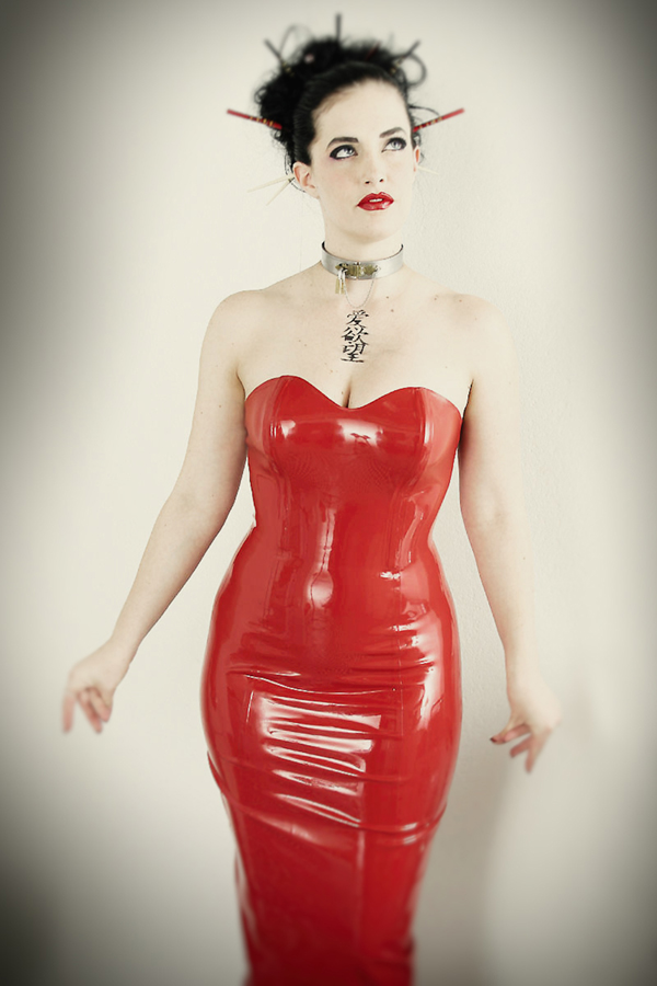 LoriMannPhotography-Latex-Geisha